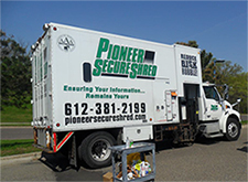 Pioneer Shred Truck Small